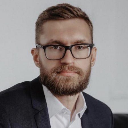 Адвокат Артемов