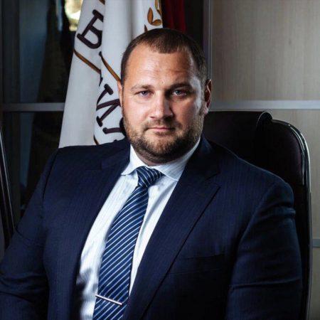 Адвокат Елистратов